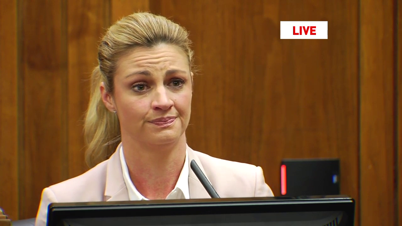 Video Erin Andrews Felt Humiliated, Embarrassed, Mortified Over Viral Nude Footage -2061